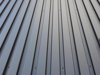 軒天材 種類 金属系 ガルバリウム鋼板