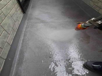 入間市 屋根・外壁塗装 高圧洗浄作業 (1).jpg