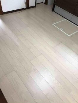 所沢市 内装工事  床完成.jpg