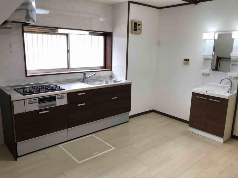 所沢市 内装工事  キッチン完成2.jpg