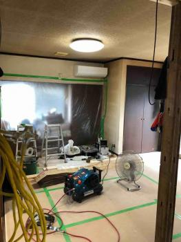 所沢市 内装工事 床張り1.jpg