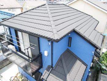 撤去のいらない屋根カバー工法 外壁も屋根も高耐候のお家に変わりました!