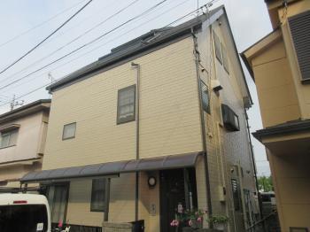 雨漏りしていた天窓も撤去しカバー工事を行い、住みやすい住宅にリフォームされました!